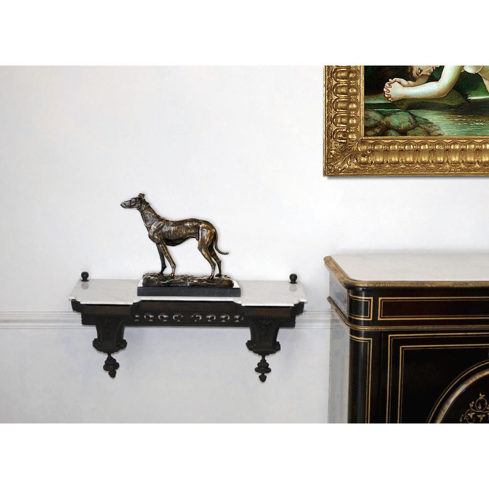 AL117 - Greyhound