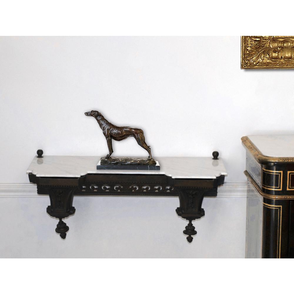 AL118 - Greyhound