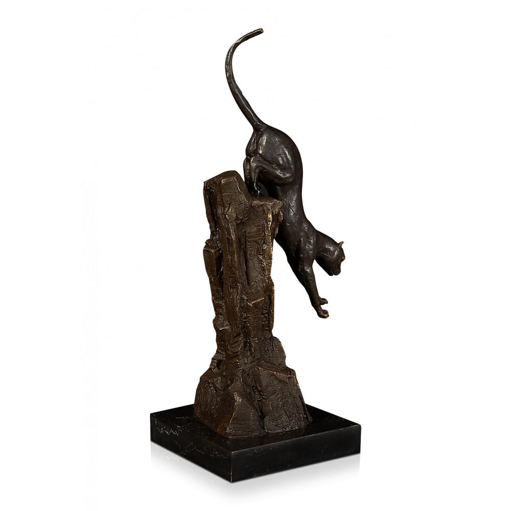 AL127 - Pouncing panther