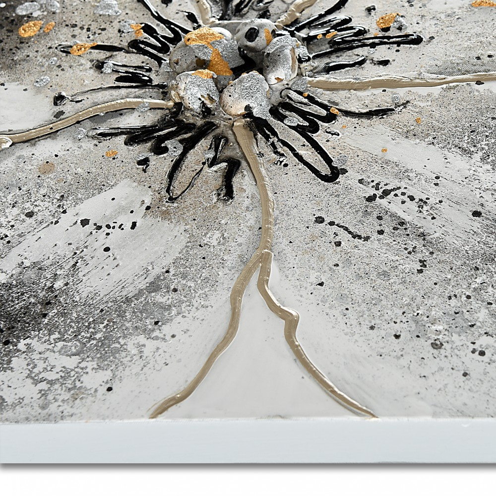 AS445X1 - Silver flower